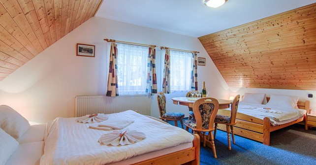 Room no 5 – studio 2 + 4 (6 beds)